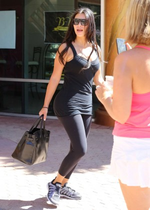 Kim Kardashian at gym in Calabasas -23