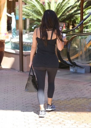 Kim Kardashian at gym in Calabasas -26