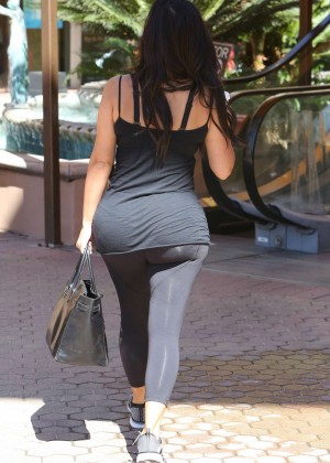 Kim Kardashian at gym in Calabasas -31