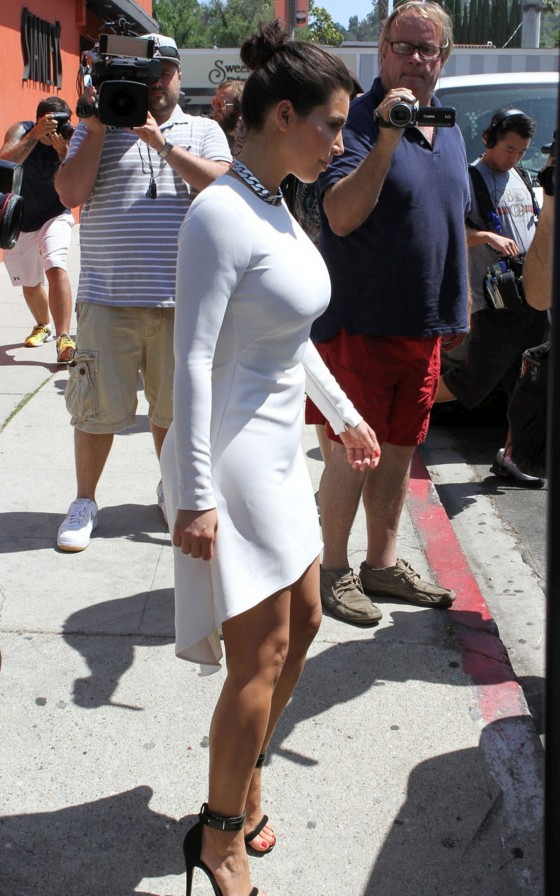 Kim Kardashian – Hot in white in Sherman Oaks-07