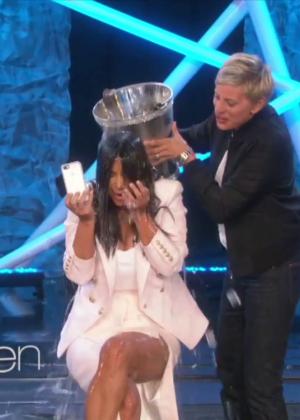 Kim Kardashian: Ice Bucket Challenge on Ellen -08