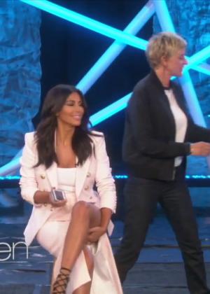 Kim Kardashian: Ice Bucket Challenge on Ellen -15