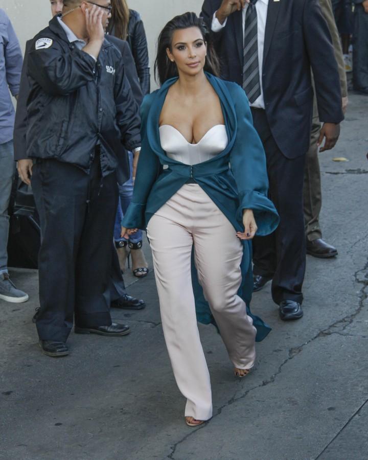 Kim Kardashian: Jimmy Kimmel Live -07