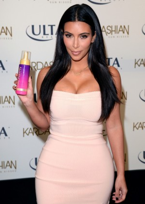 Kim Kardashian - Kardashian Sun Kissed Promo Event in LA