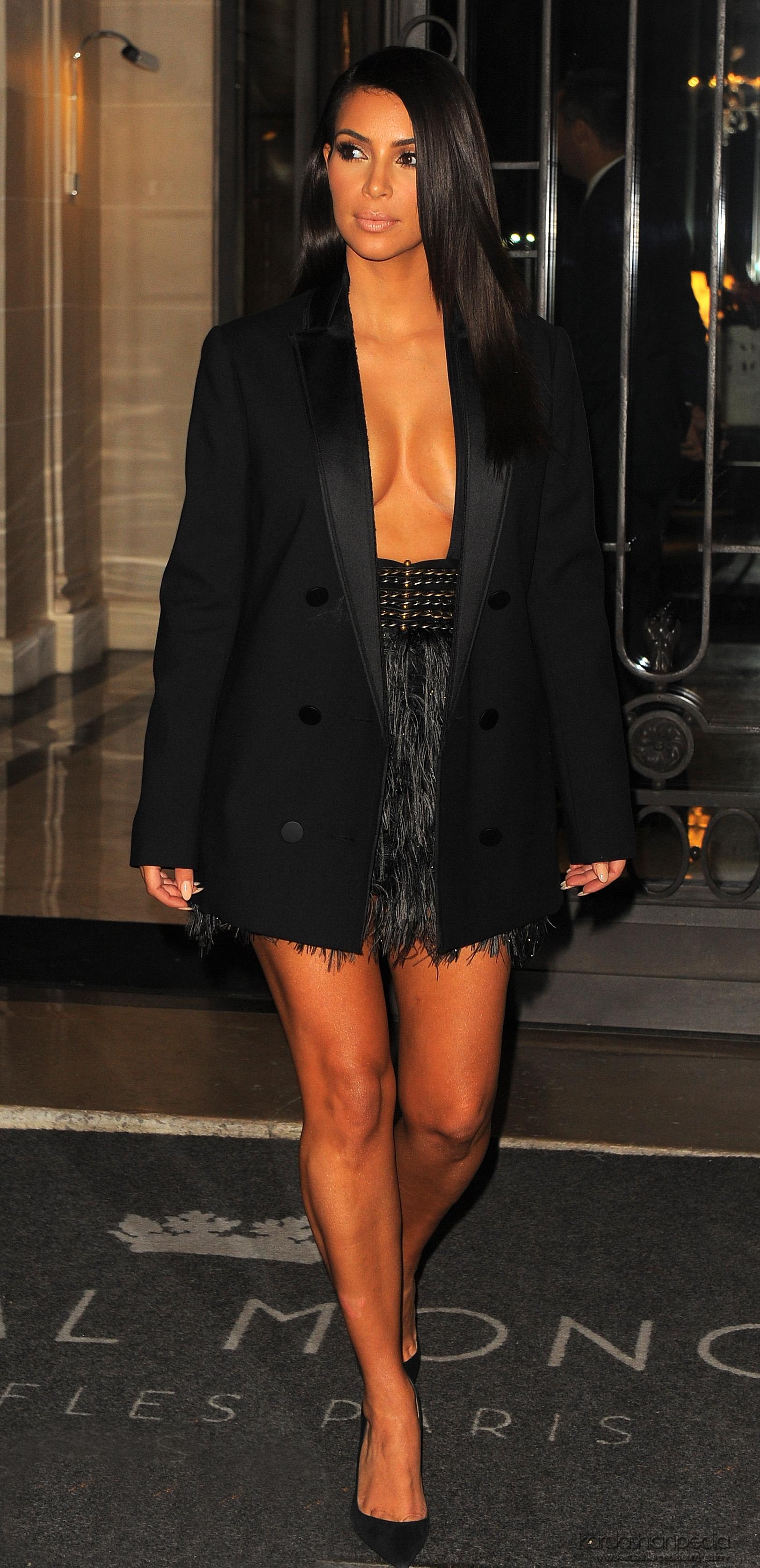 Kim Kardashian Lanvin Ss 2015 Pfs 31 Gotceleb