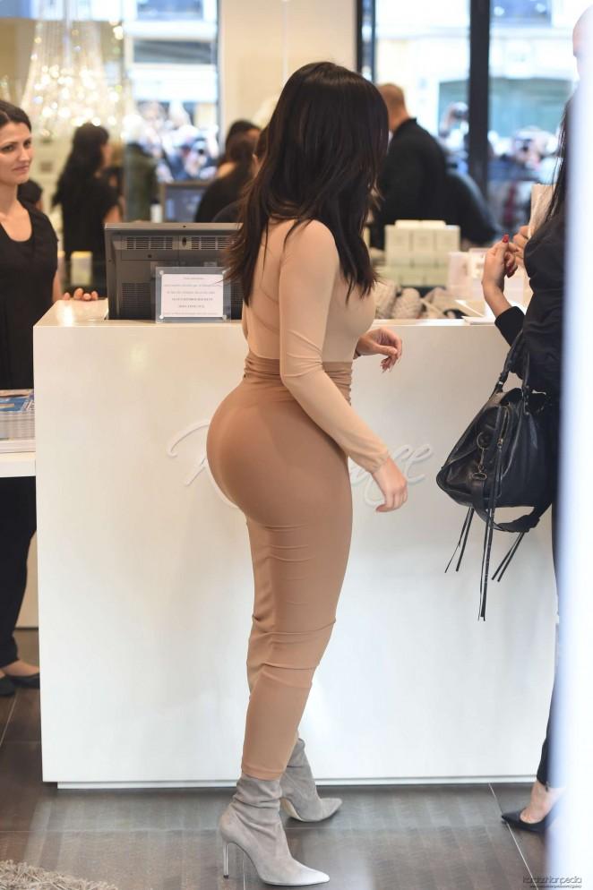 erotisk dating kim kardashian anal