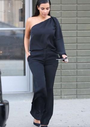 Kim Kardashian - Leaving a Photoshoot in Calabasas