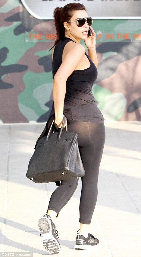 kim-kardashian-new-pics-spandex-candids-at-barrys-bootcamp-01