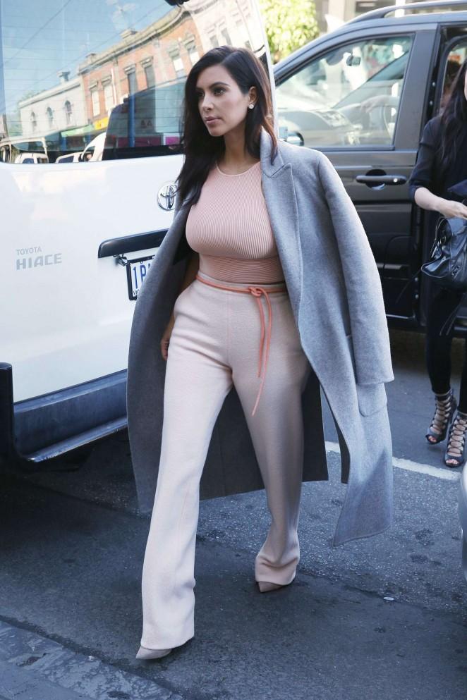 Kim Kardashian out in Melbourne -01