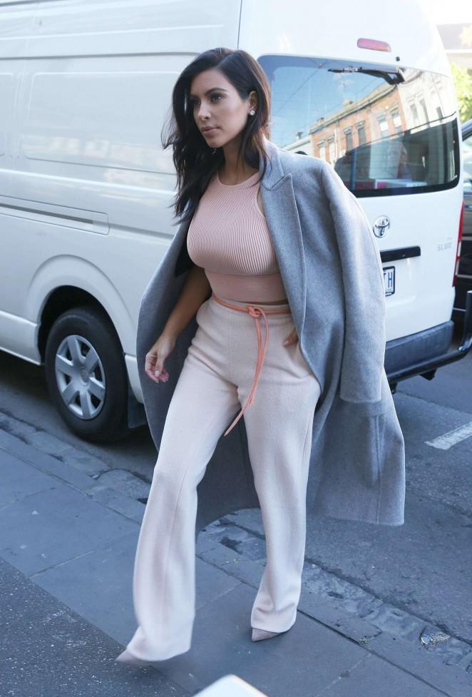 Kim Kardashian out in Melbourne -06