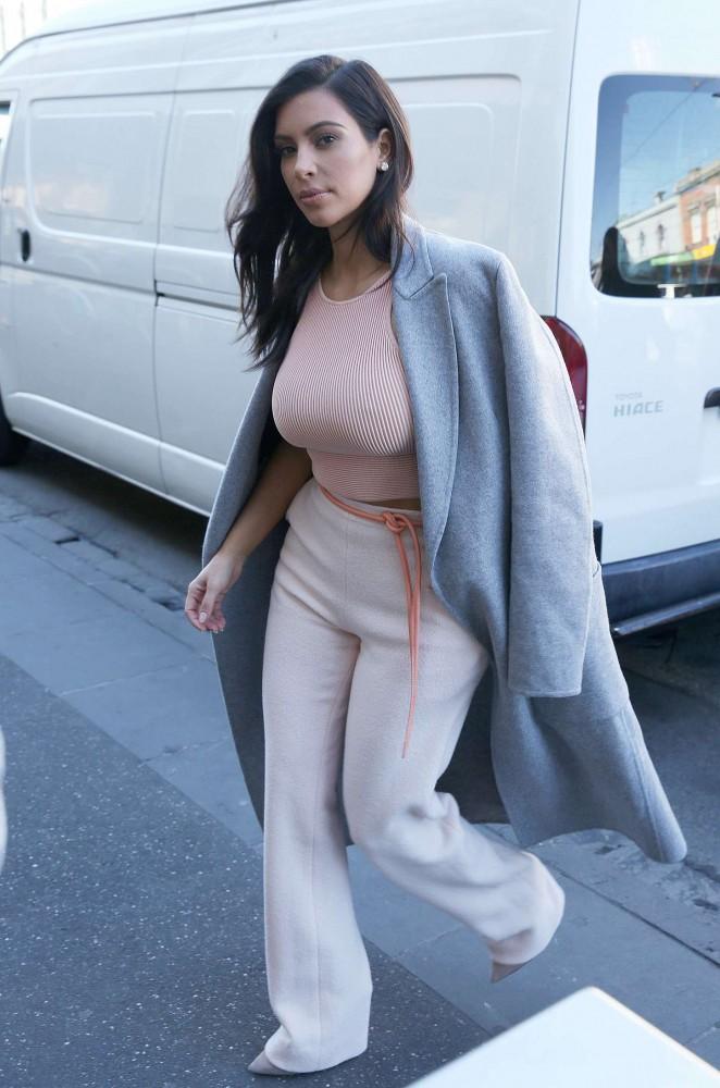 Kim Kardashian out in Melbourne -14
