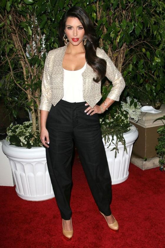 kim-kardashian-qvc-red-carpet-style-party-in-la-10