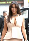 Kim Kardashian - shopping candids in Paris-09