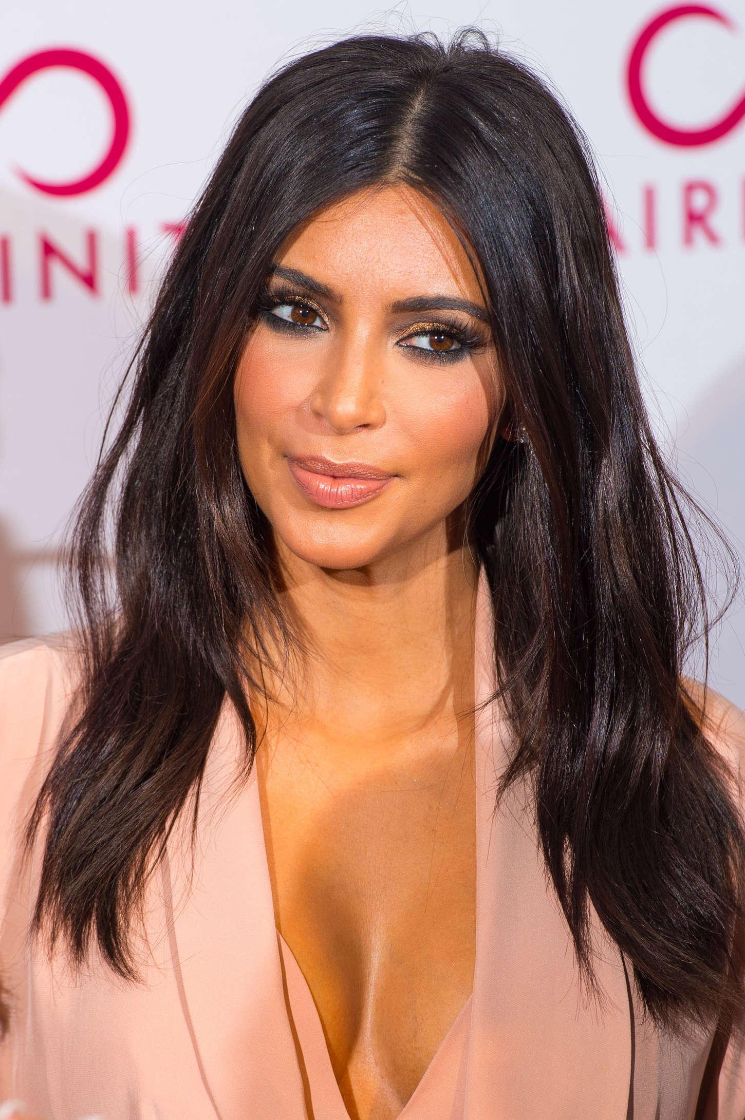 foto 23. Kim Kardashian
