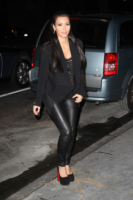 Kim Kardashian 2011 : Kim Kardashian – Tight Black Pants Candids-05