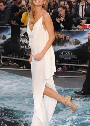 Kimberley Garner: Noah UK Premiere -04