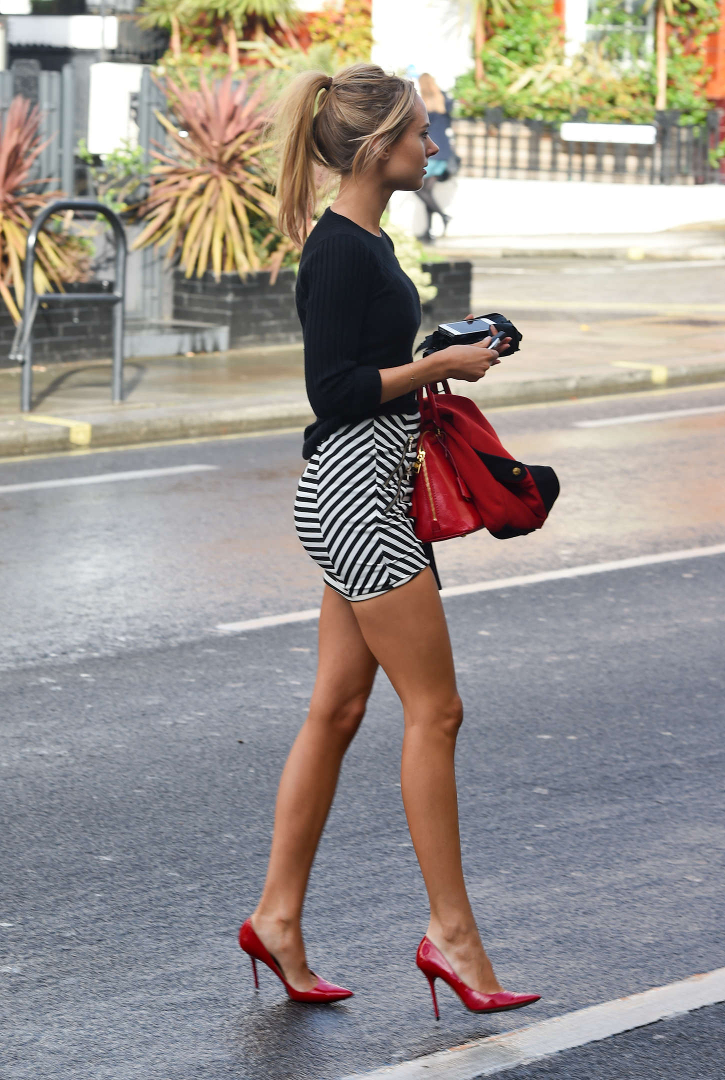 Kimberley Garner in Tight Mini Skirt -27 - GotCeleb