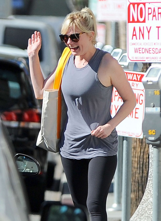 Kirsten Dunst – out and about in Studio City