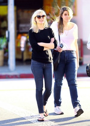 Kirsten Dunst in Jeans out with a friend in the Toluca Lake