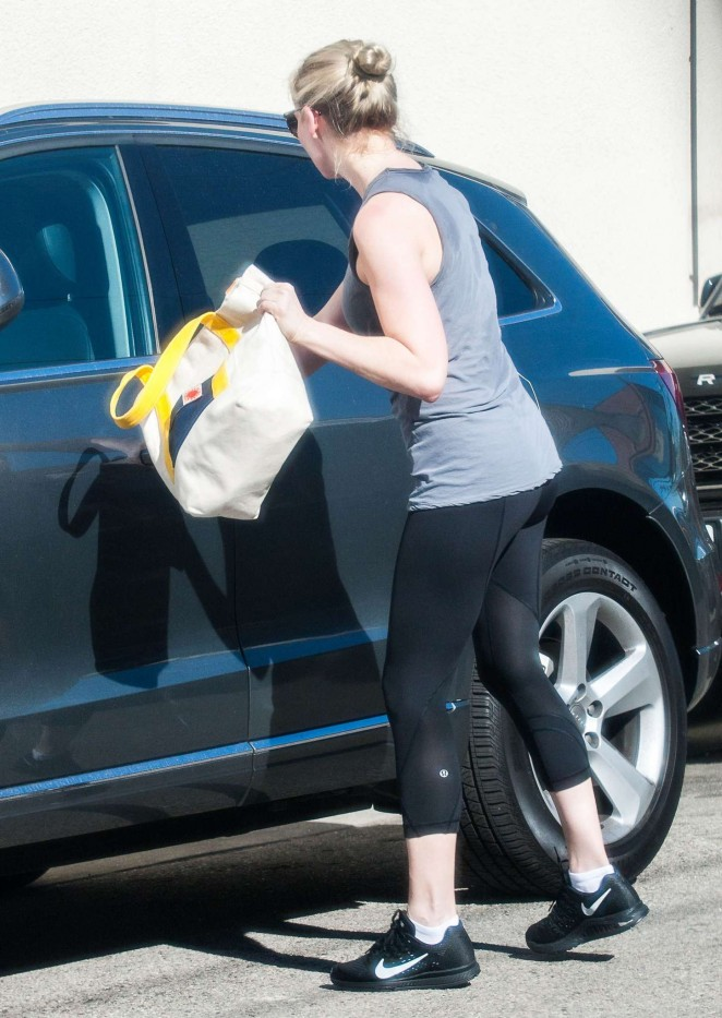Kirsten Dunst in tight leggings while out in Studio City