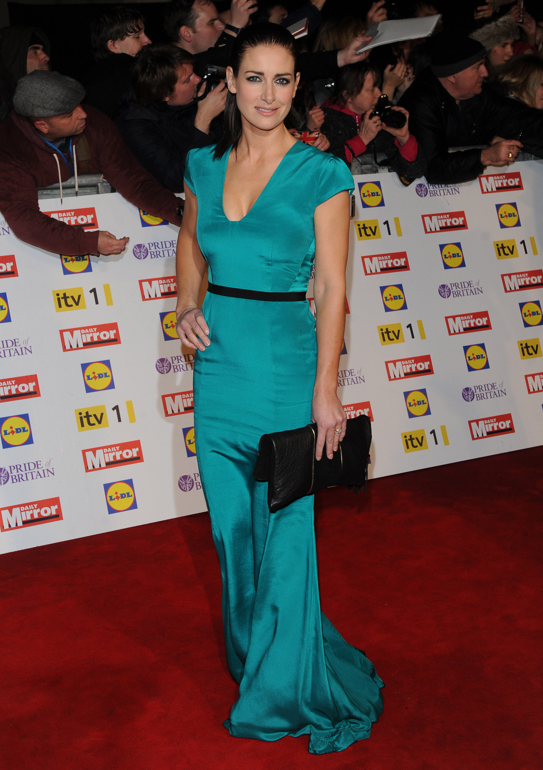 Kirsty Gallacher 2012 : Kirsty Gallacher cleavage-01