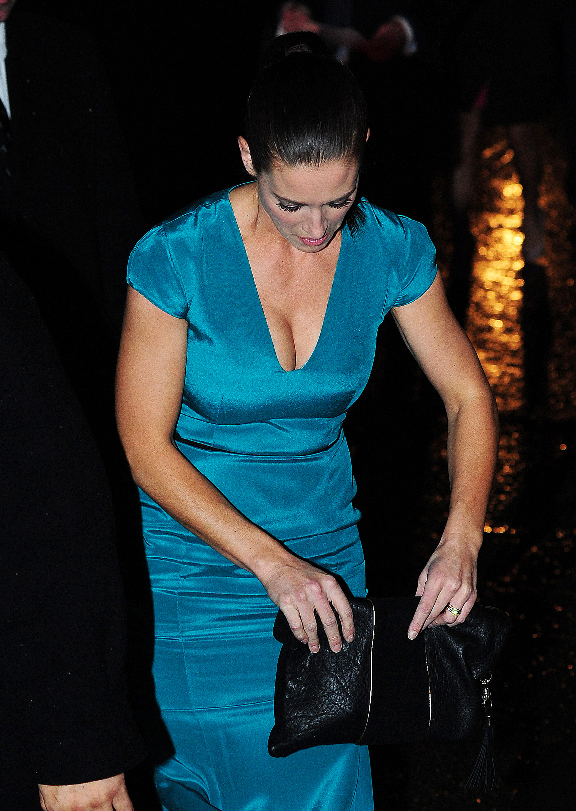 Kirsty Gallacher 2012 : Kirsty Gallacher cleavage-04