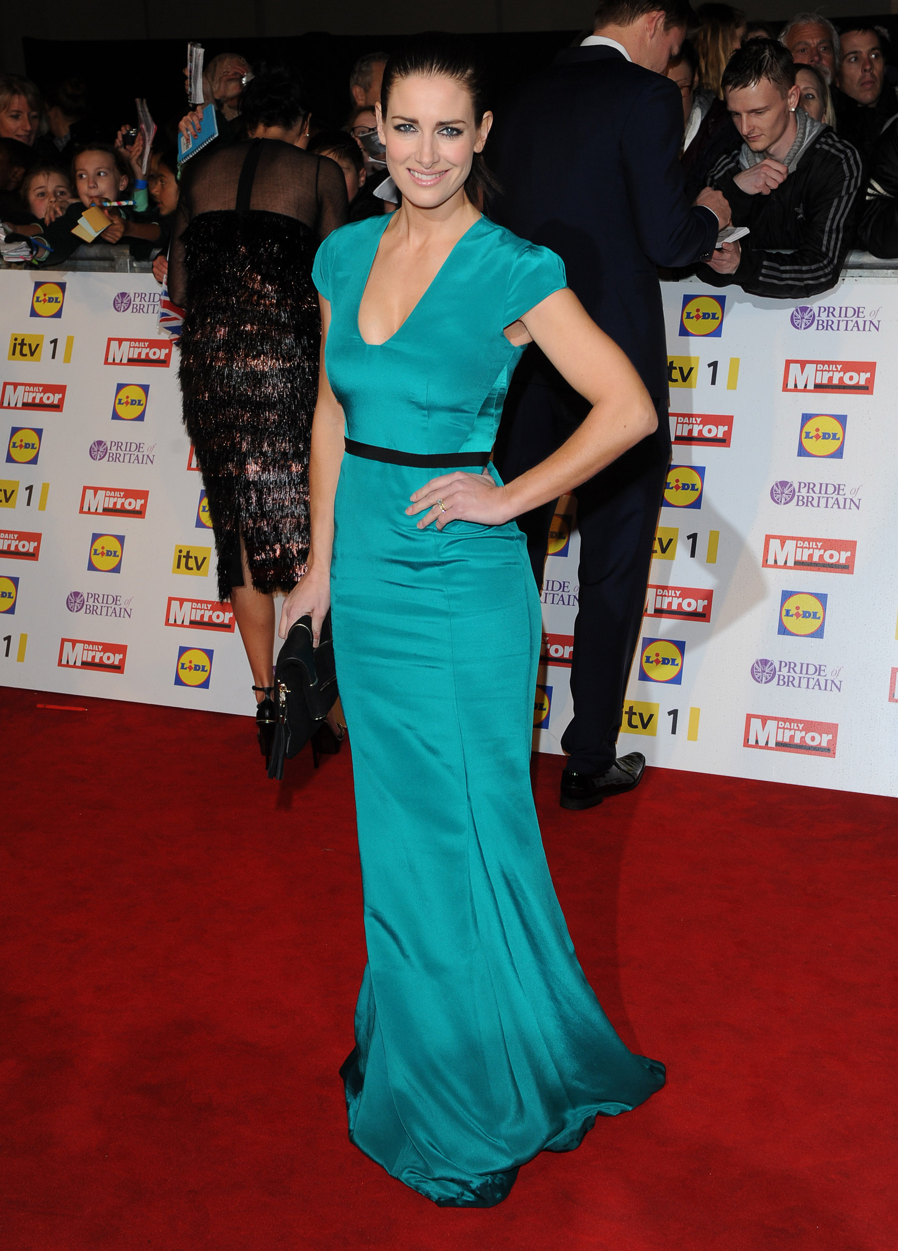 Kirsty Gallacher 2012 : Kirsty Gallacher cleavage-10