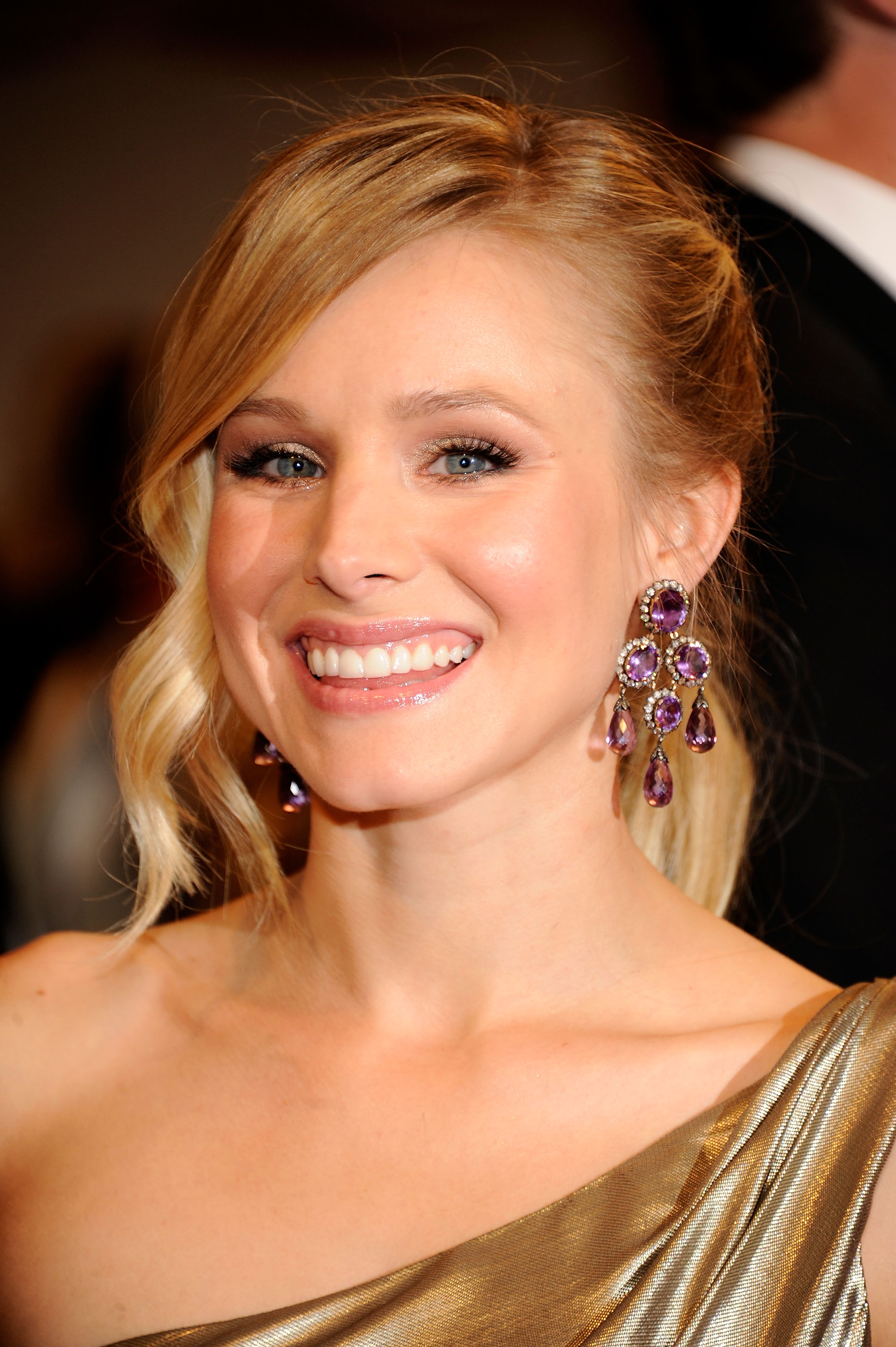 Kristen Bell – 2011 MET Ball in New York