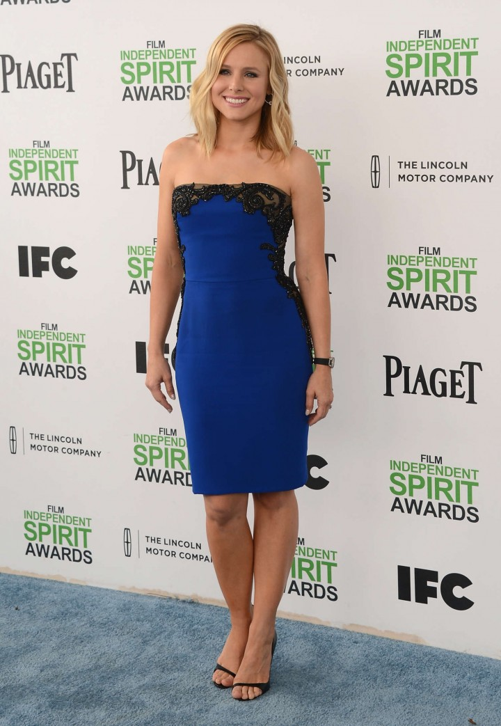 ¿Cuánto mide Kristen Bell? - Altura - Real height Kristen-Bell:-2014-Film-Independent-Spirit-Awards--08-720x1043
