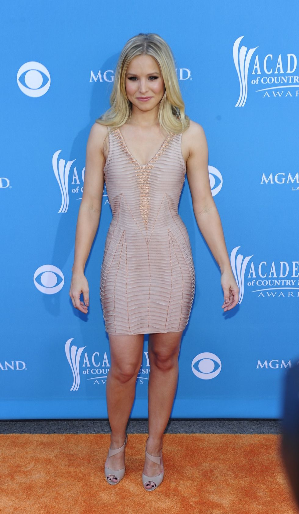Kristen Bell 2010 : kristen-bell-at-45th-annual-academy-of-country-music-awards-02