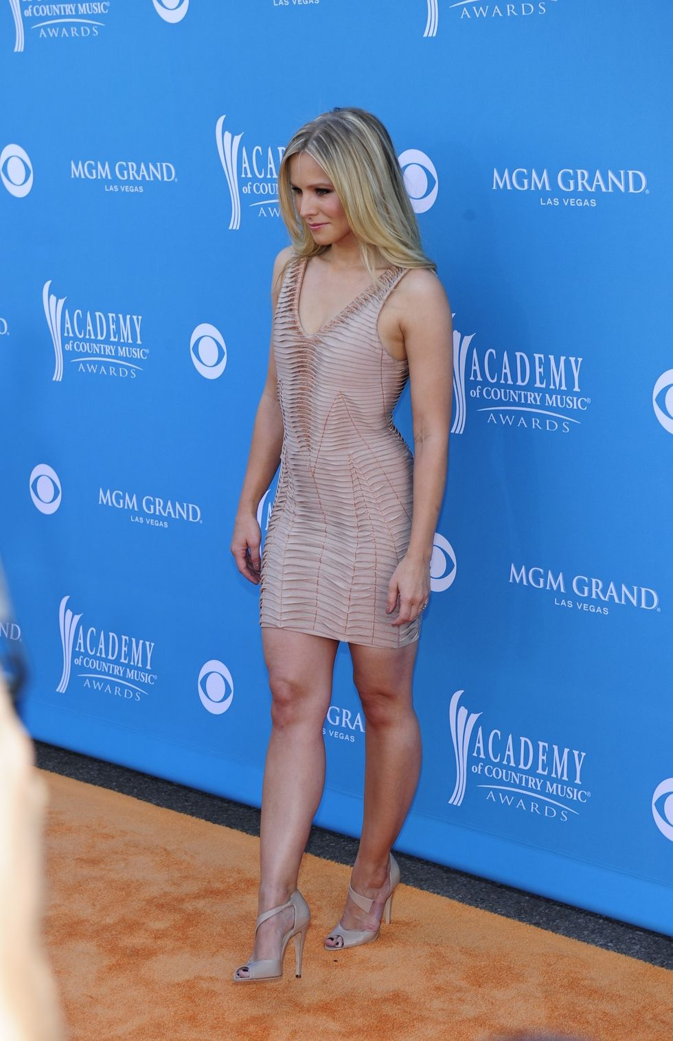 Kristen Bell 2010 : kristen-bell-at-45th-annual-academy-of-country-music-awards-04