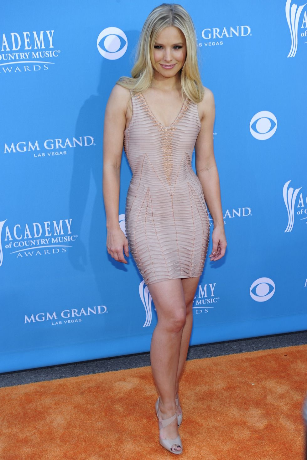 Kristen Bell 2010 : kristen-bell-at-45th-annual-academy-of-country-music-awards-05