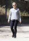 Kristen Bell at Griffith Park-01