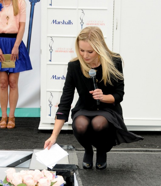 Kristen Bell at Marshalls 'Dress for Success' Fashion Show 2010