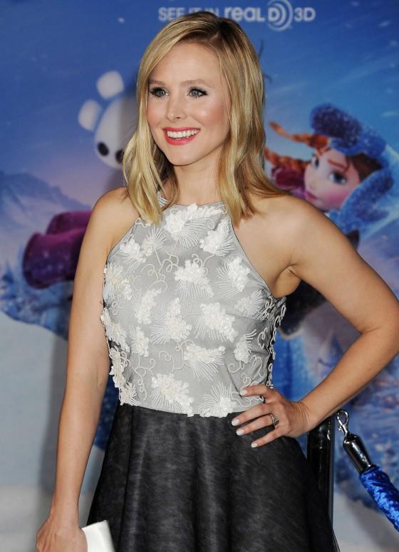 """Kristen Bell – """"Frozen"""" Premiere in Los Angeles"""