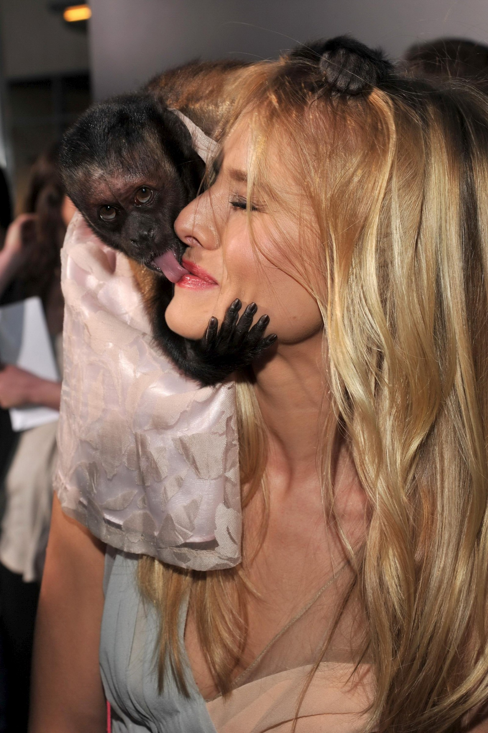 Girls fulk a monkey necked adult galleries