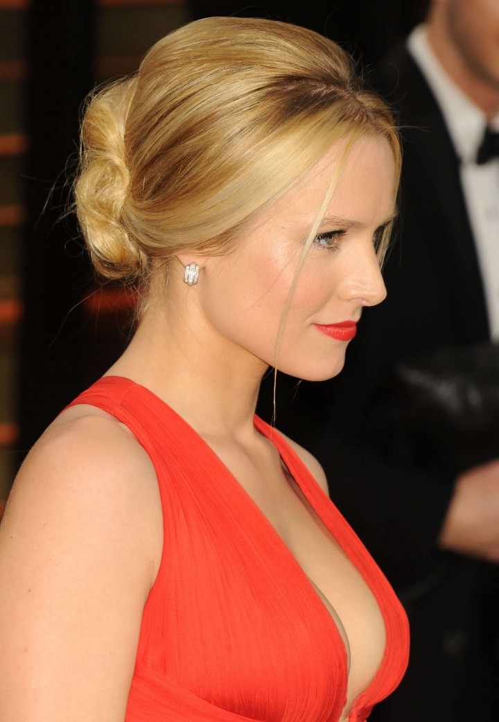 Kristen Bell: Oscar 2014 - Vanity Fair Party -10
