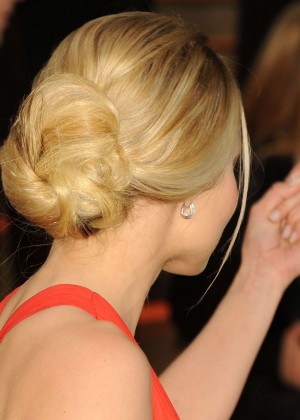 Kristen Bell: Oscar 2014 - Vanity Fair Party -11
