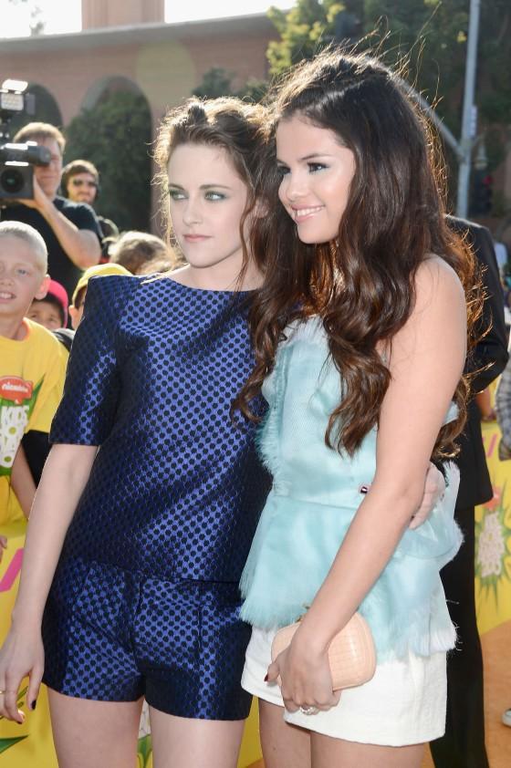 Kristen Stewart – 2013 Kids Choice Awards -11