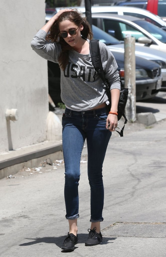 Kristen Stewart In Tight Jeans 20 Gotceleb