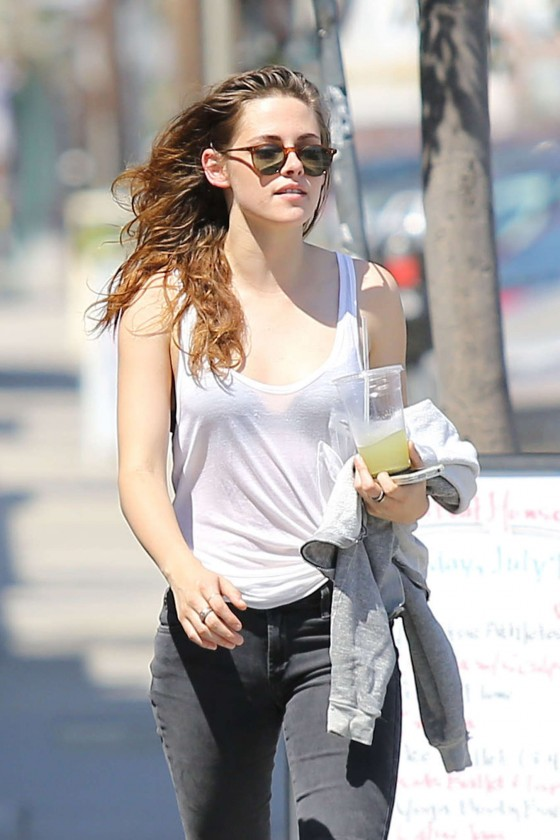 Kristen Stewart – out in Glendale