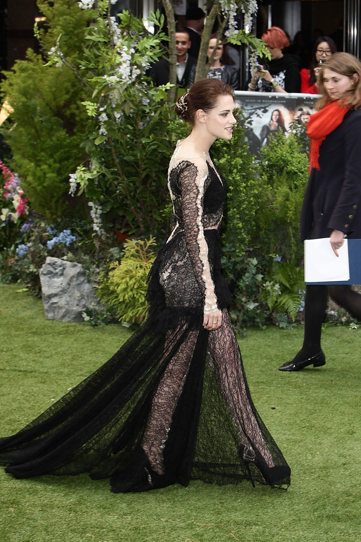 Kristen Stewart Premiere Of Snow White And The Huntsman