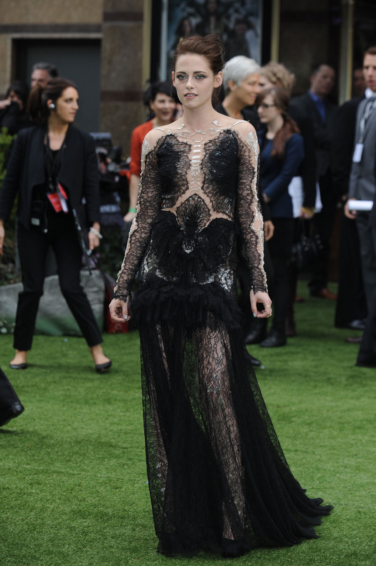 Kristen Stewart Premiere Of Snow White And The Huntsman