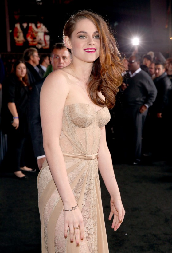 Kristen Stewart – The Twilight Saga Breaking Dawn 2 premiere in LA-28