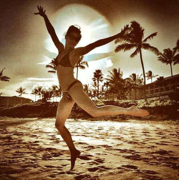 Kristin Kreuk Hot Bikini Photo
