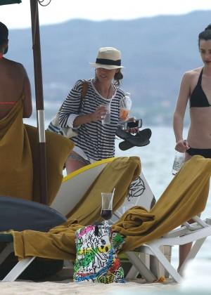 Krysten Ritter bikini: 2014 in Miami -06