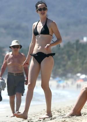 Krysten Ritter bikini: 2014 in Miami -18