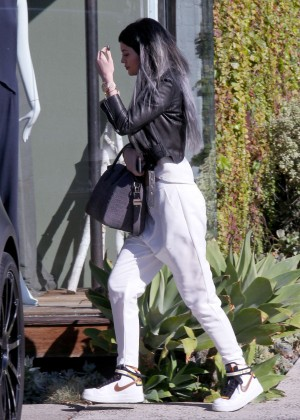 Kylie Jenner - Leaving Andy LeCompte Salon in West Hollywood