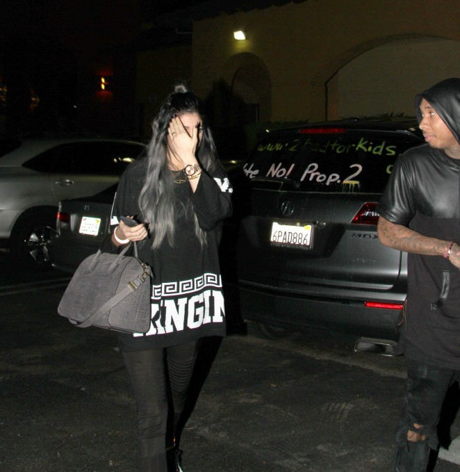 Kylie Jenner in Spandex -02