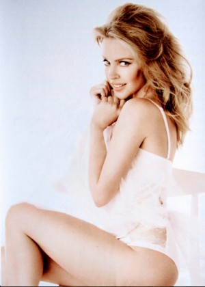 Kylie Minogue: Official Calendar 2015 -01